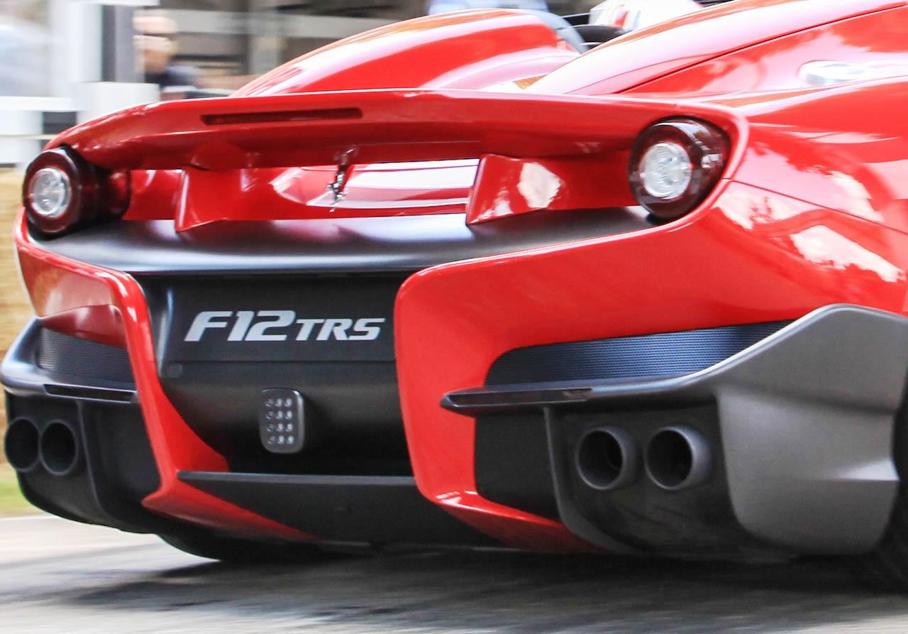 1400234_CAR-Ferrari-F12-TRS-at-1Goodwood-2014