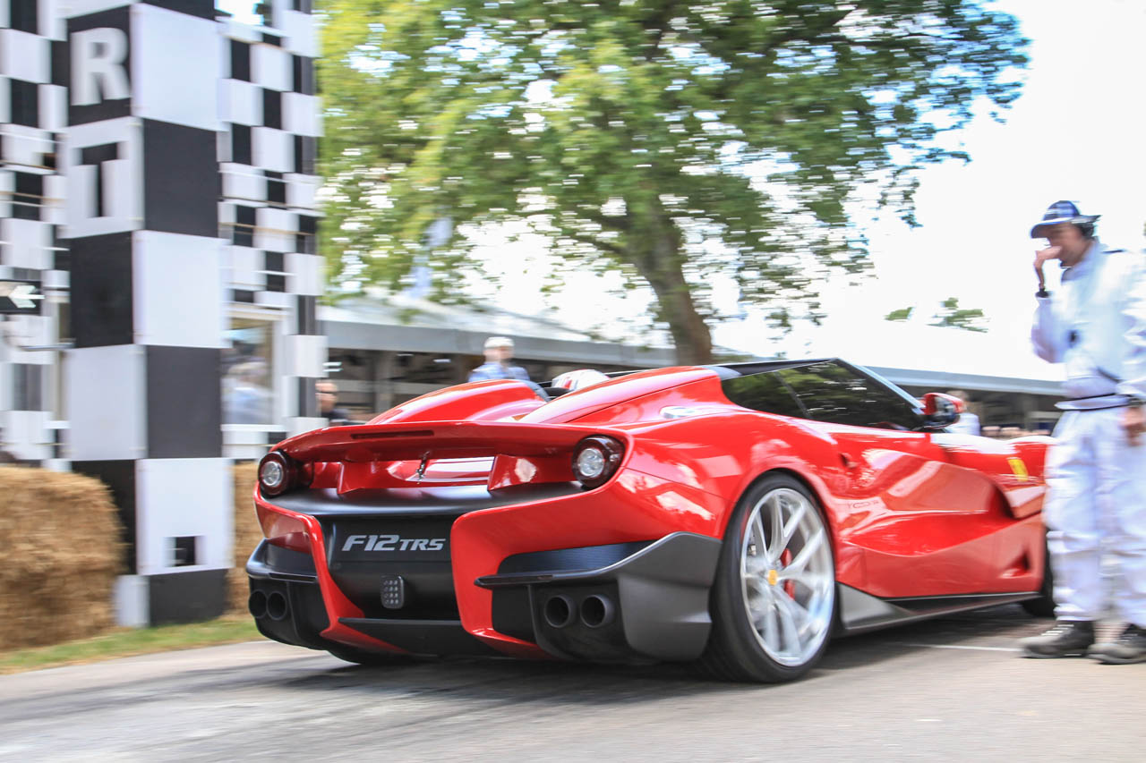 1400234_CAR-Ferrari-F12-TRS-at-Goodwood-2014