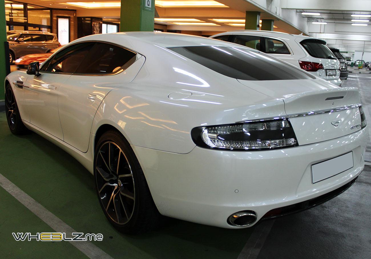 Aston Martin Rapide (2)