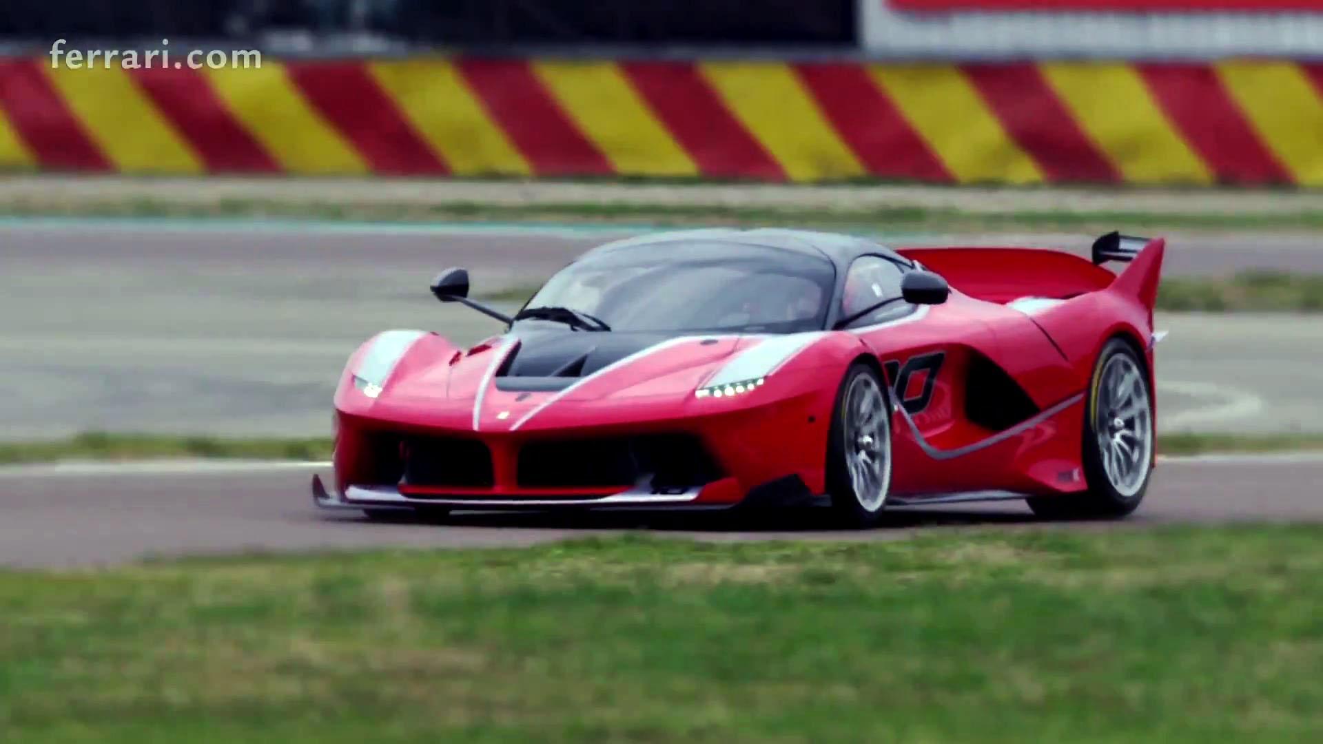 Vettel in the Ferrari FXX K 2272