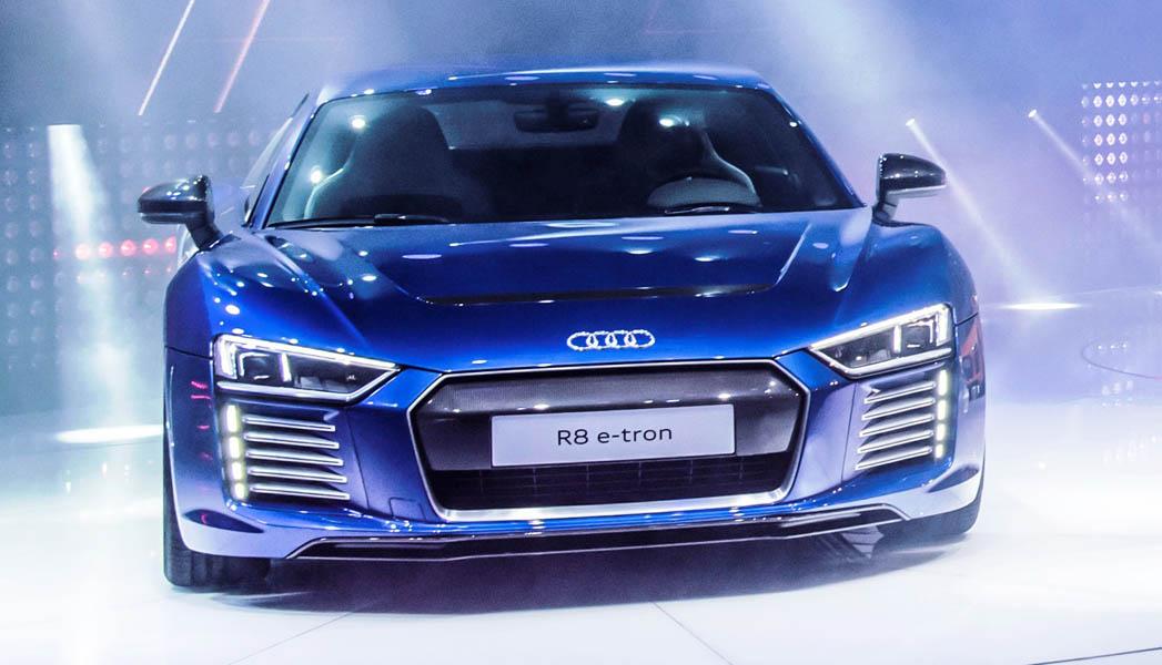 Audi R8 E-tron (2)