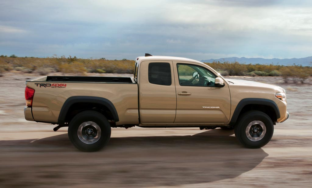 2016_Toyota_Tacoma_TRD_OffRoad_009