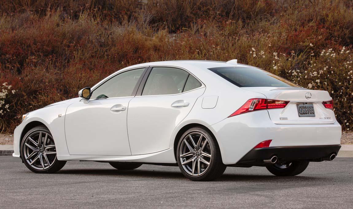 Lexus Is 350 >> لكزس أي اس - السيدان الرياضية الأنيقة | موقع ويلز