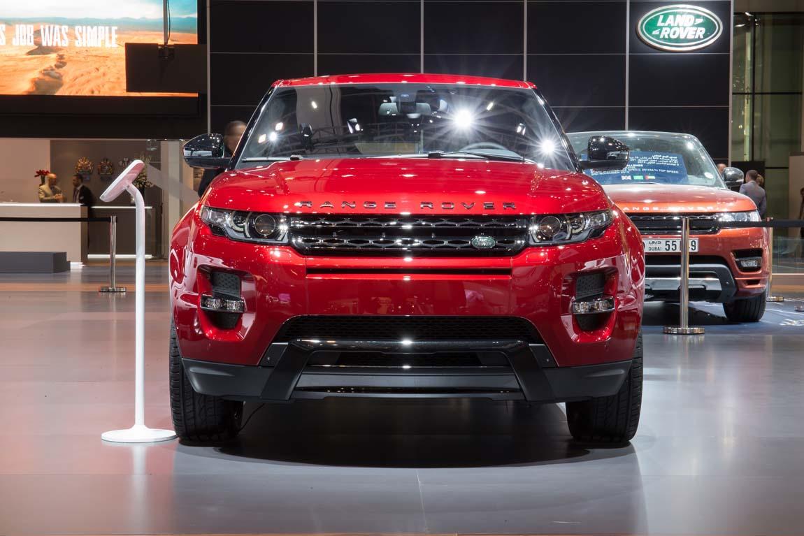 LR_Dubai_Motor_Show_111113_09