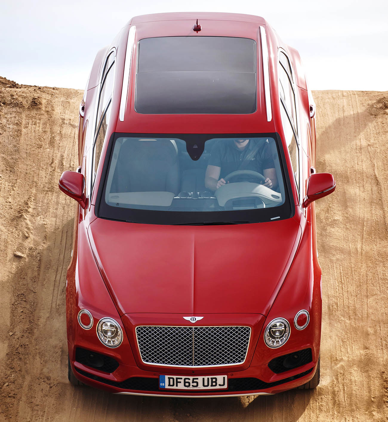 Bentley Bentayga named 'SUV of the Year' in Robb Report Best of the Bes2t Awards