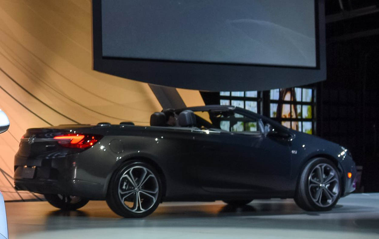 Buick Introduces Cascada and Avenir Concept At Special 2015 NAIAS Pre-Event