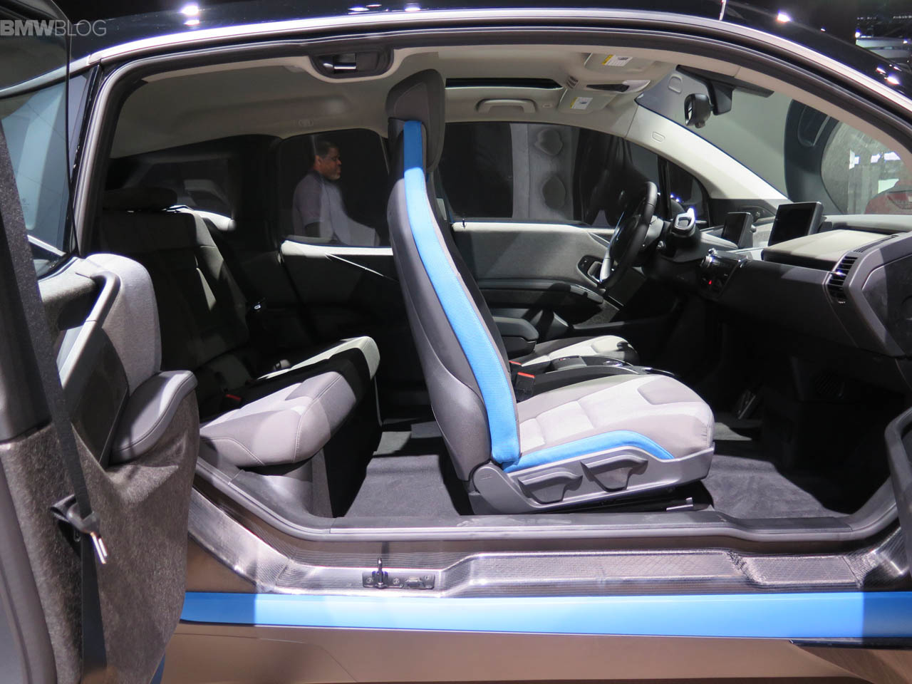 BMW-i3-Shadow-Sport-Edition-LA-Auto-Show-14