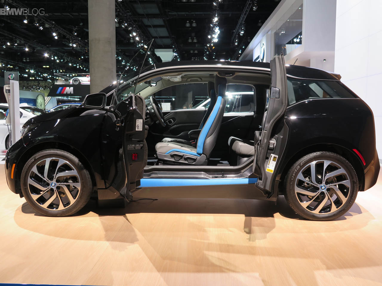 BMW-i3-Shadow-Sport-Edition-LA-Auto-Show-9