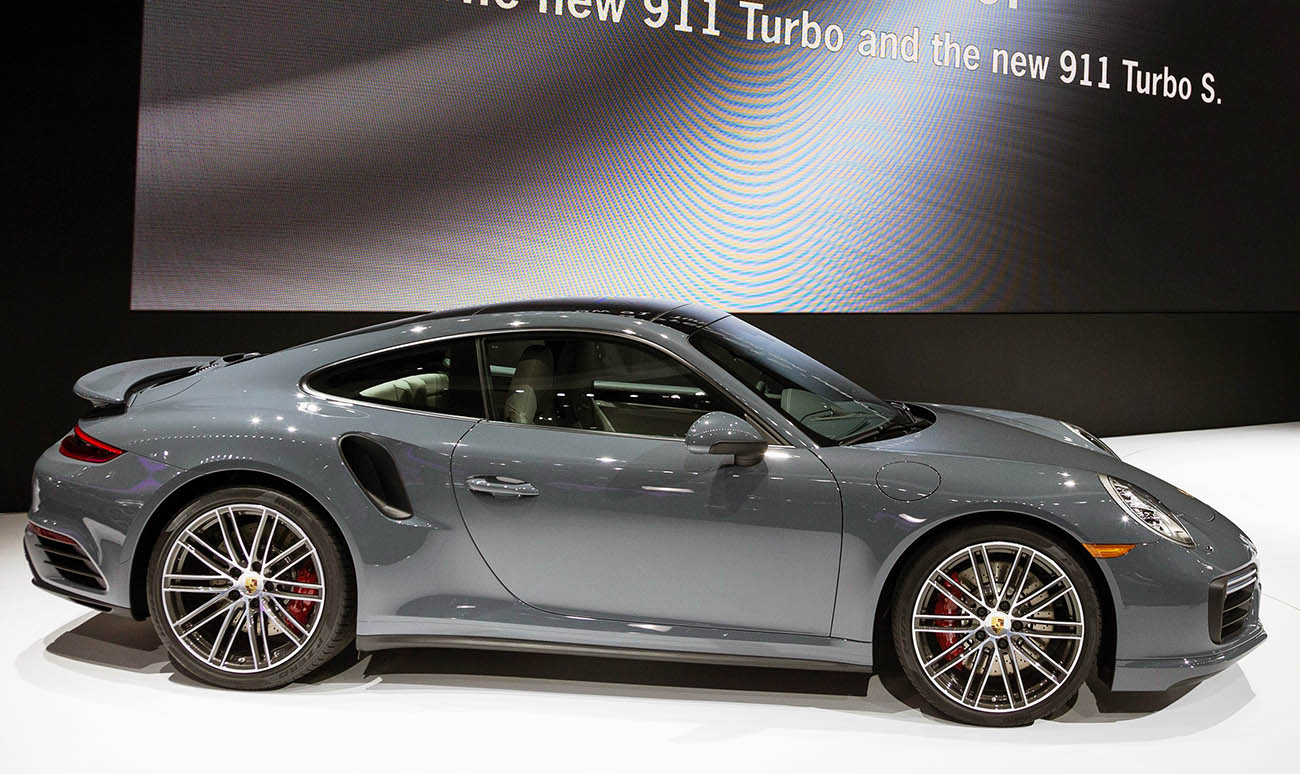high_911_turbo_and_911_turbo_s_north_american_international_auto_show_detroit_2016_porsche_ag