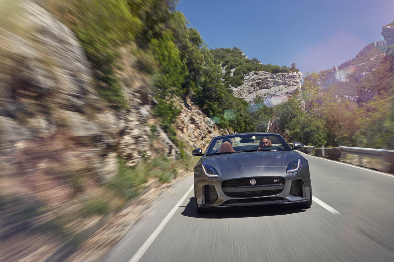 Jag_FTYPE_SVR_Convertible_Location_170216_20