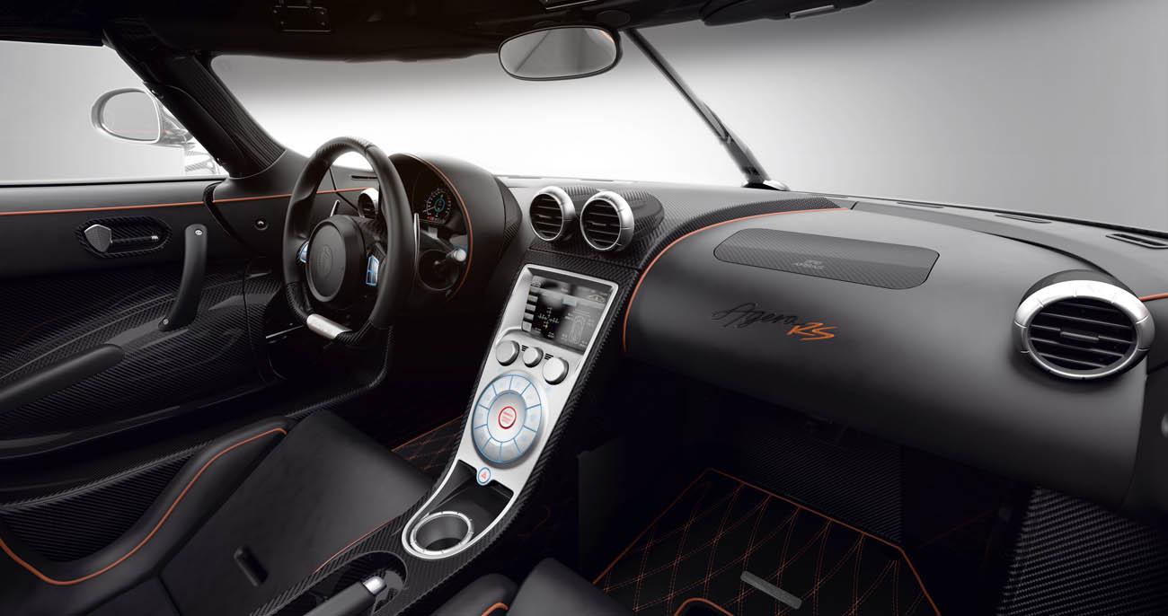 Koenigsegg_AgeraRS_interior_dashboard