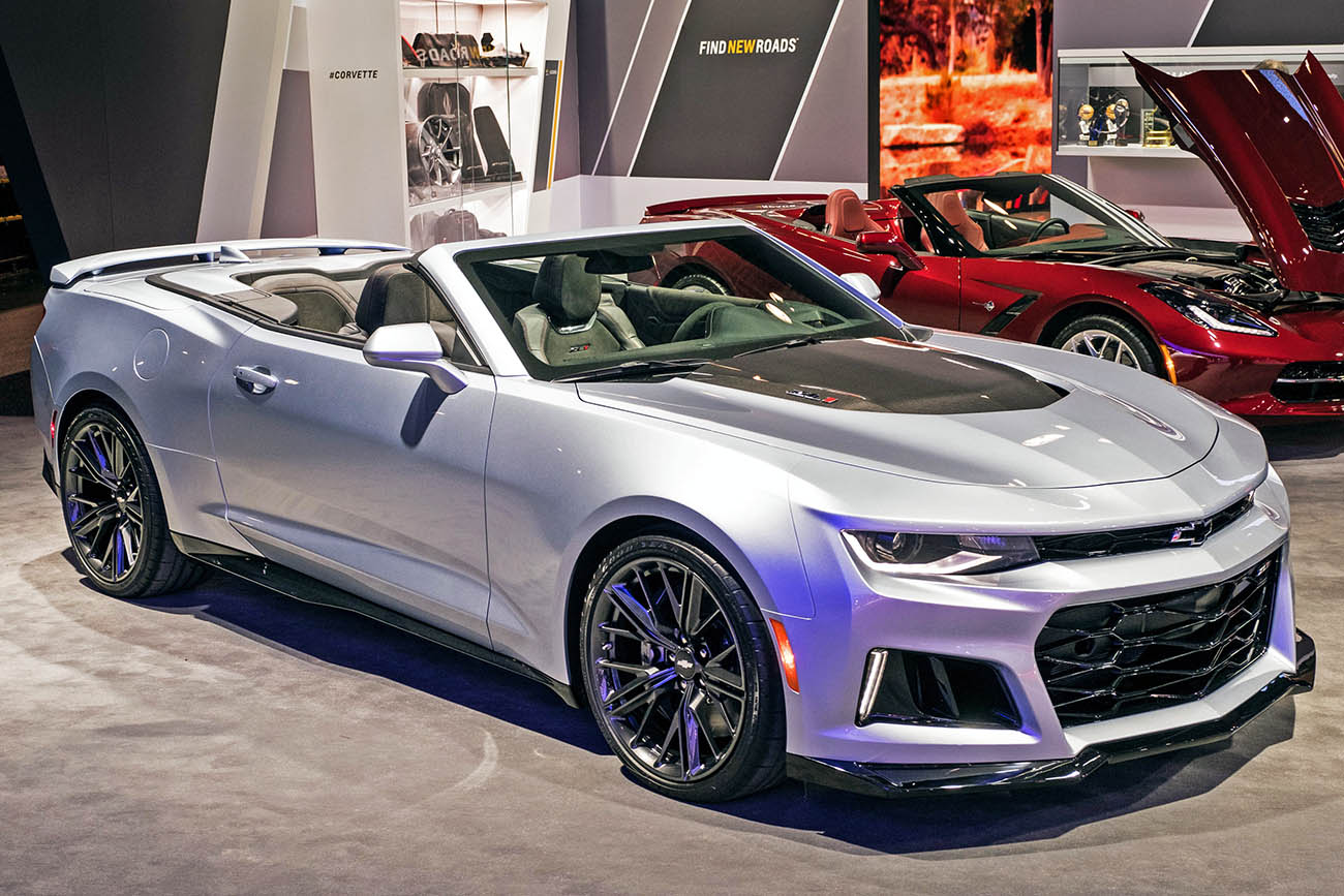 2017 Chevrolet Camaro Convertible Debuts at NYIAS