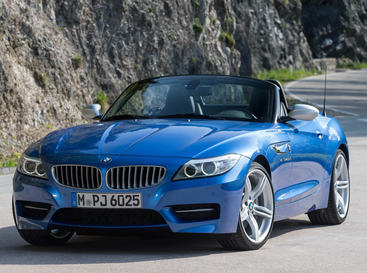 P90185982_highRes_the-new-bmw-z4-in-es
