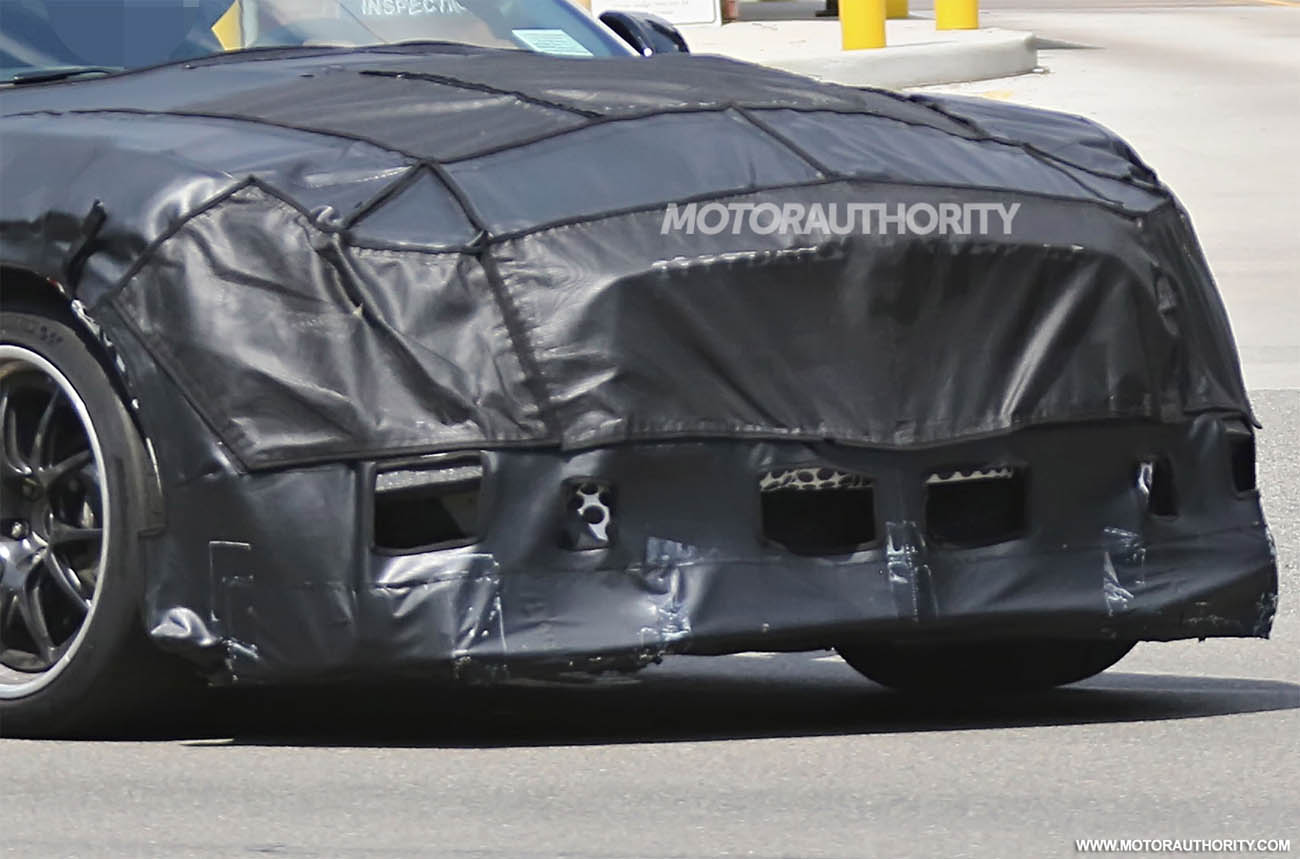 2018-ford-mustang-shelby-gt500-spy-shots--image-via-s-baldauf-sb-medien_100560030_h