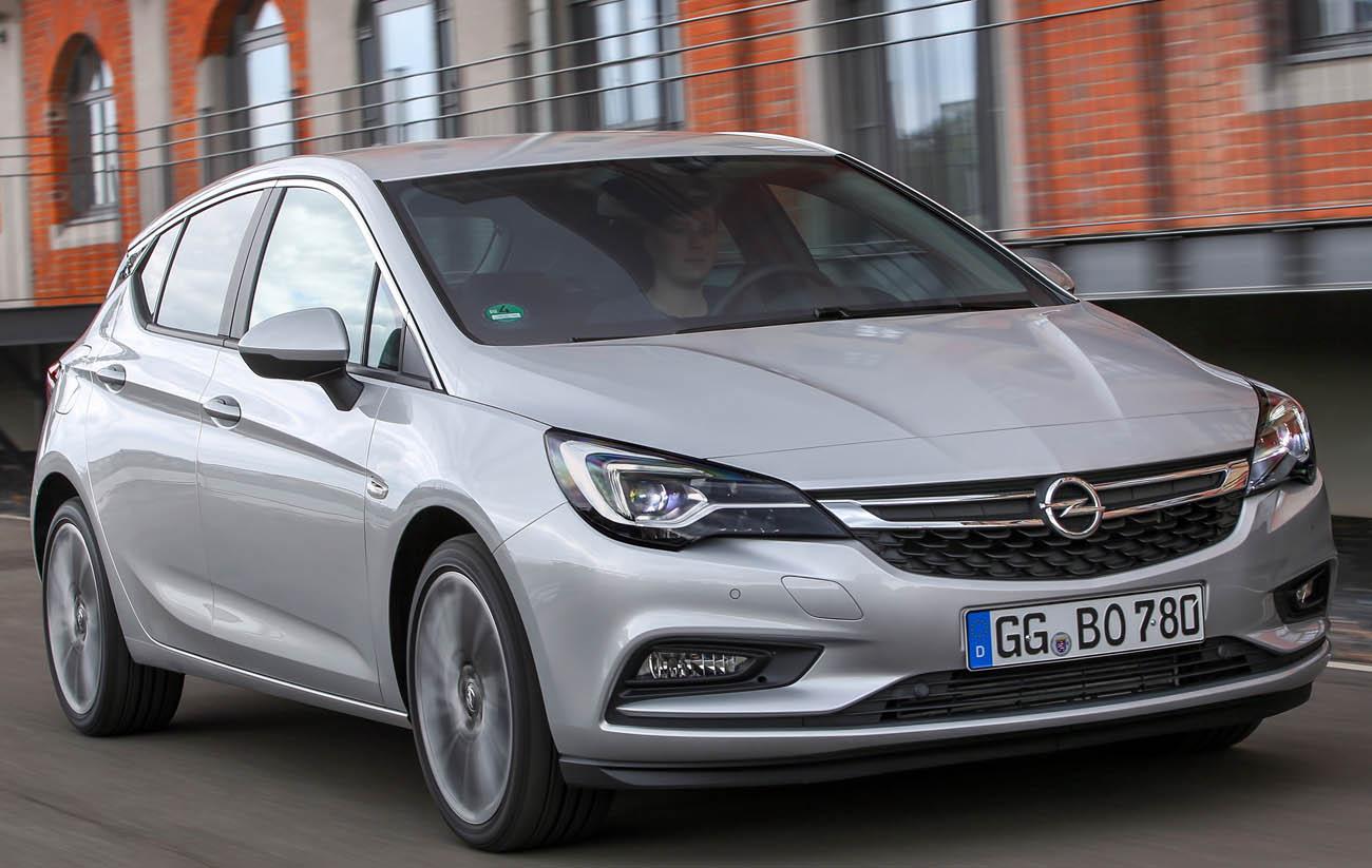 Opel Astra BiTurbo Hatchback: