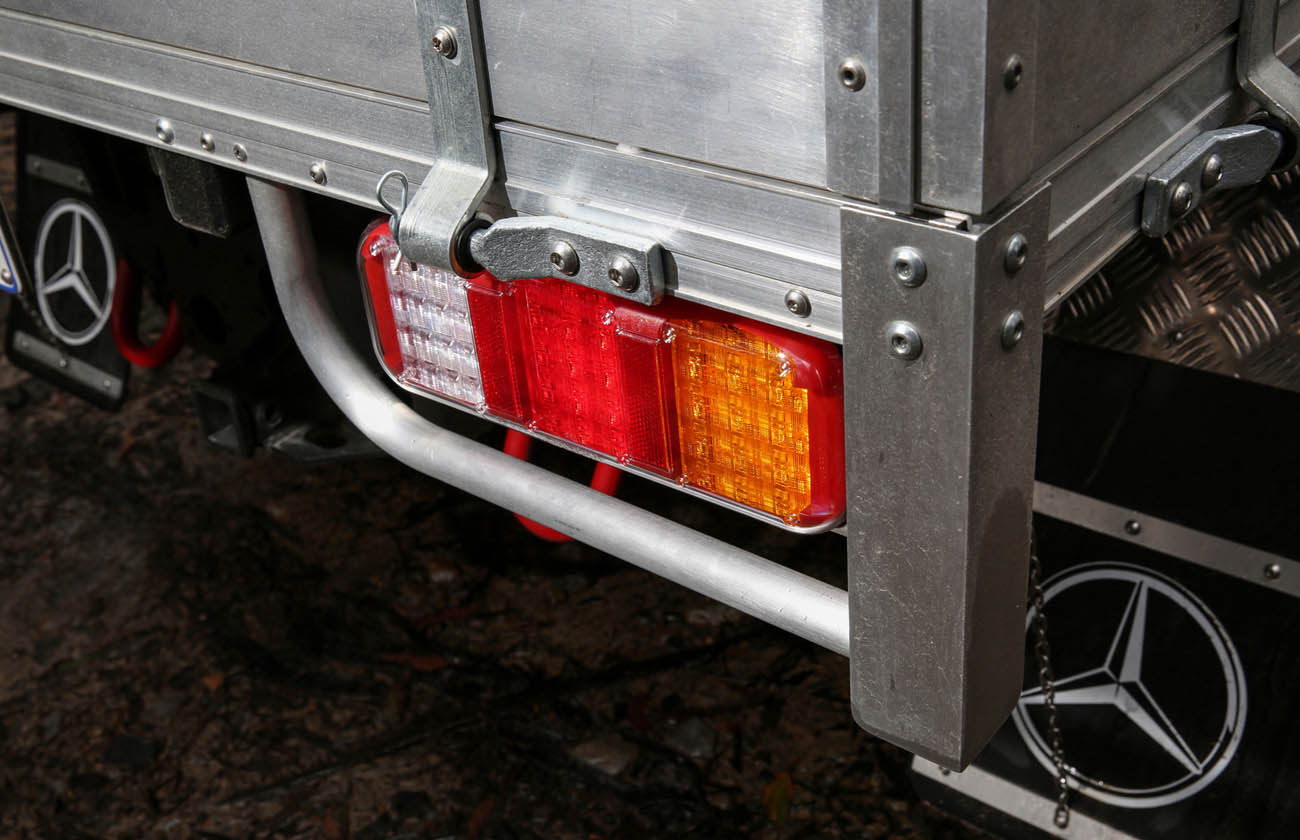 2017-mercedes-benz-g-class-professional-cab-chassis_100584160_h