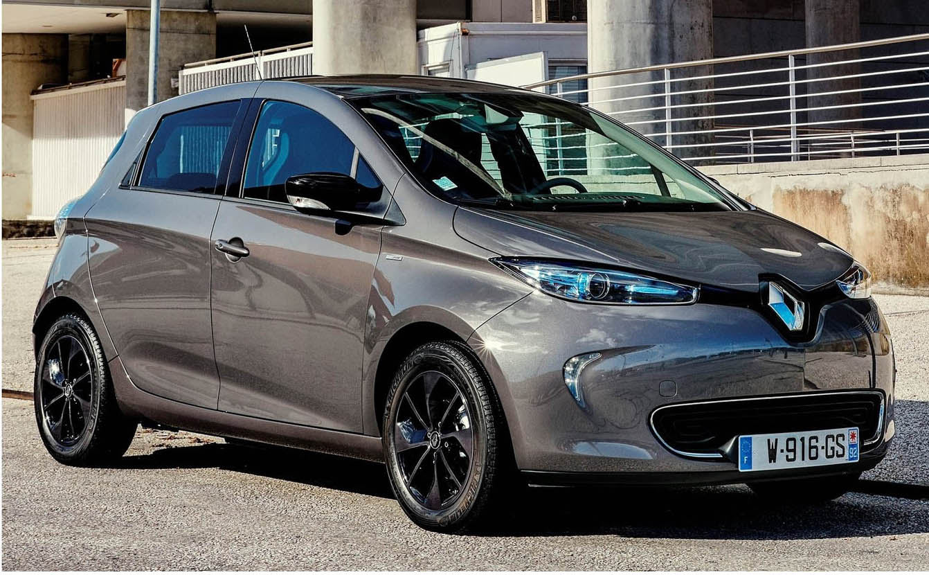 All-Electric Renault ZOE – Youthful And Fun Modern Design