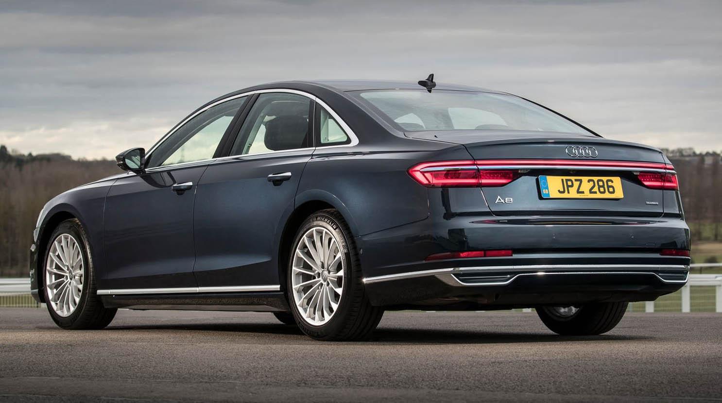 أودي لبنان تفوز بجائزة أودي Audi-A8-2018-1600-12