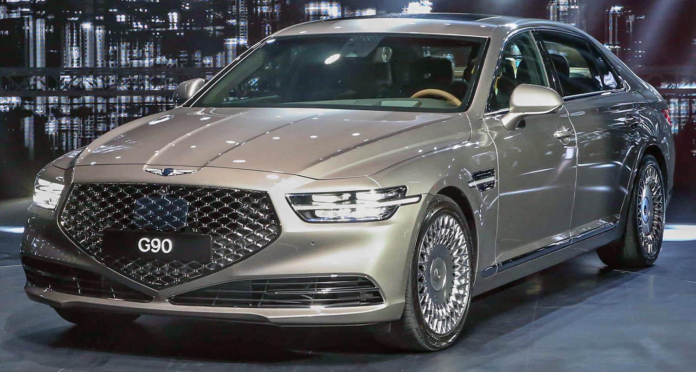 Genesis G90 – The Luxury Sedan