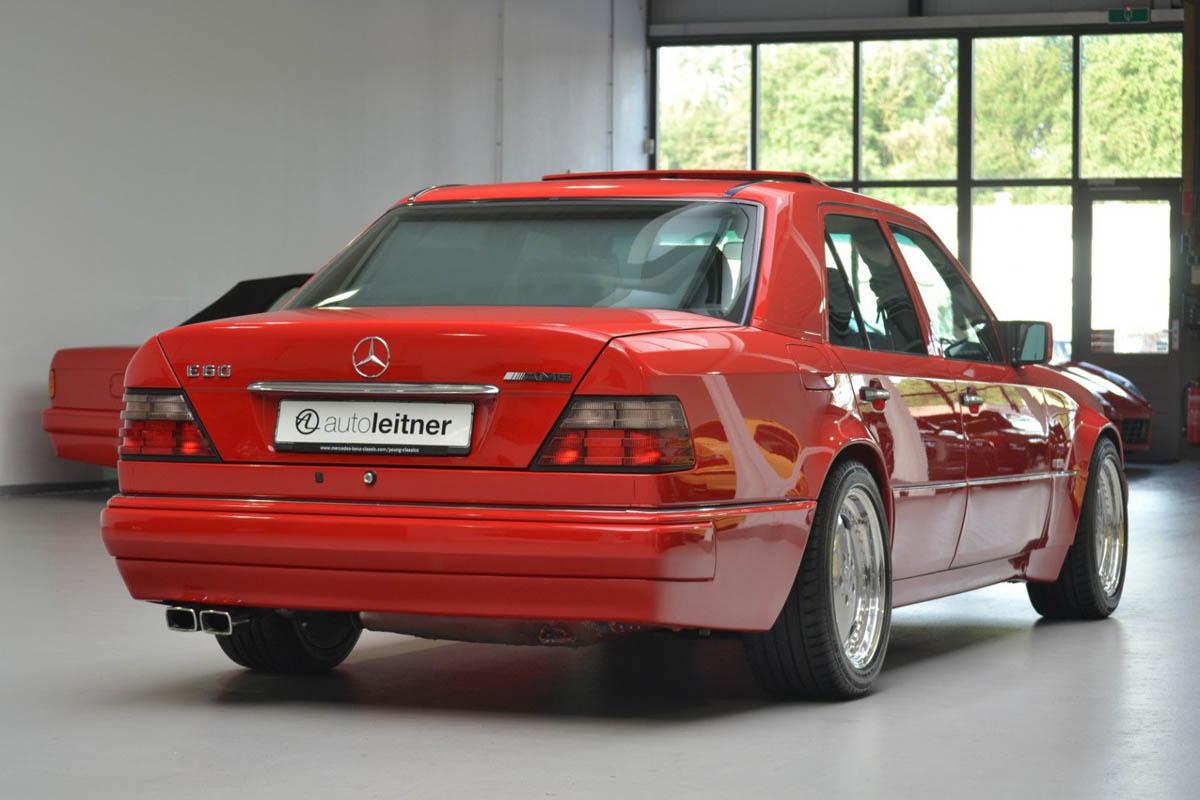 مرسيدس بنز إي60 أخطر سيارات e60-27.jpg