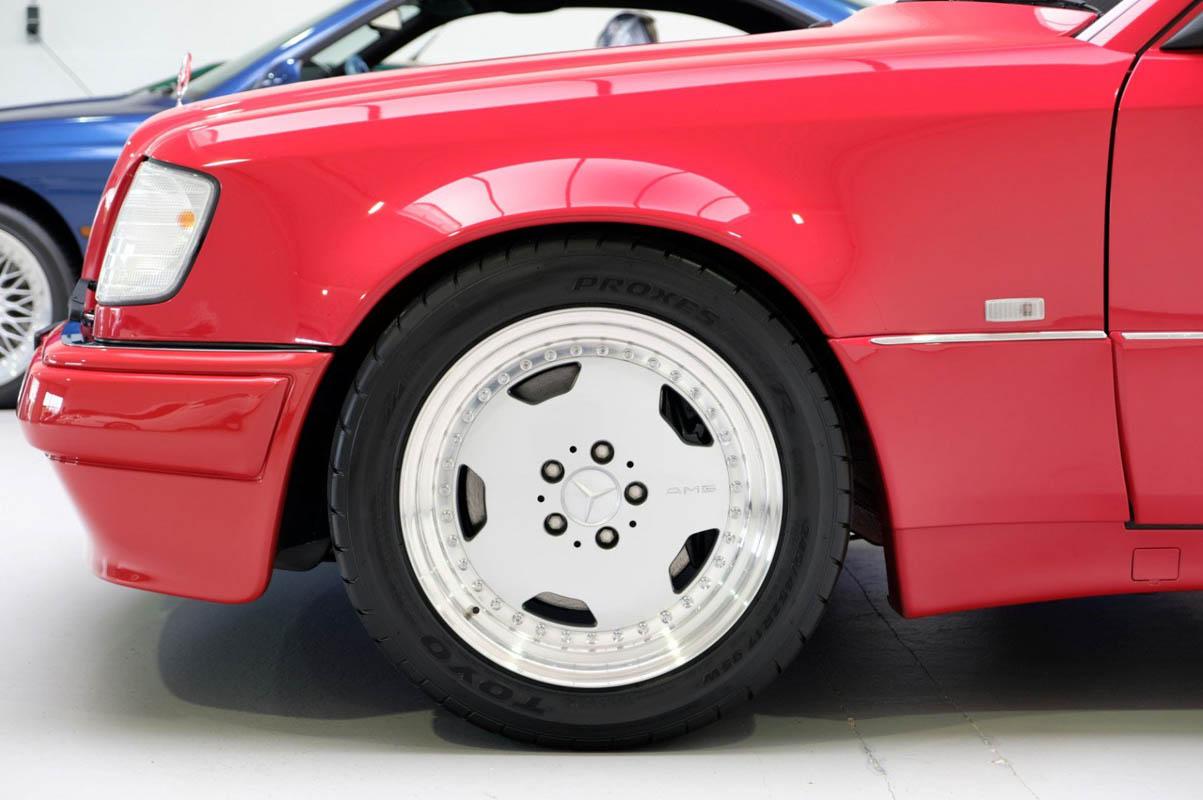 مرسيدس بنز إي60 أخطر سيارات e60-35.jpg