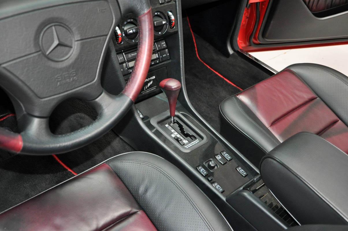 مرسيدس بنز إي60 أخطر سيارات e60-6.jpg
