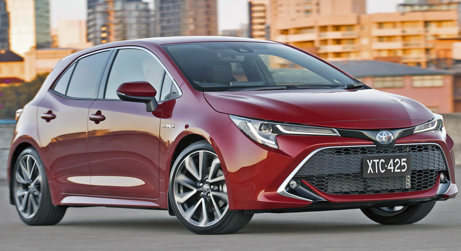 Hybrid Car Sales Account for 16% of Toyota 2020 Sales, Up by 23% Year Over Year