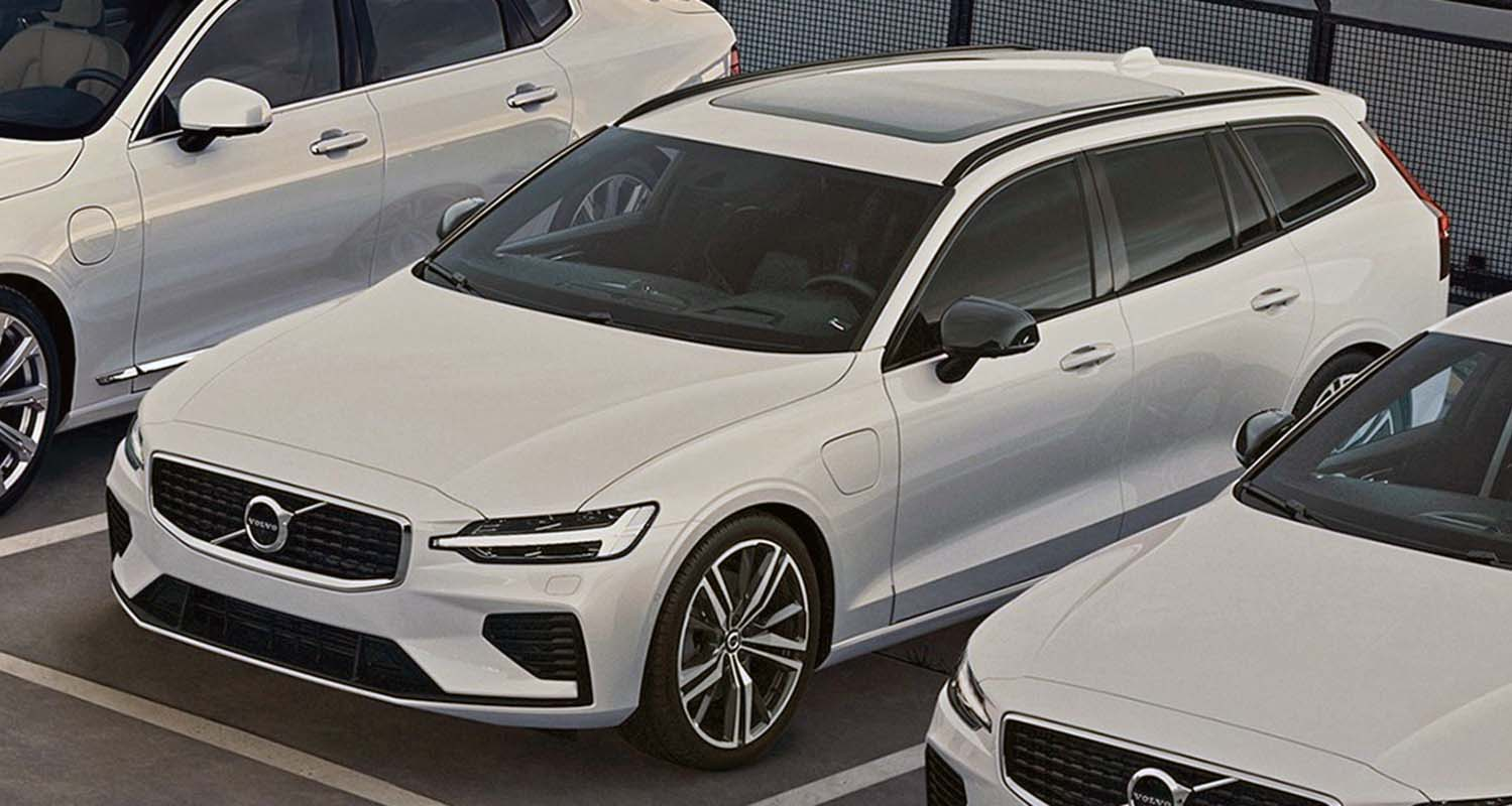 Volvo Marks New Milestone By Launching An Approved Pre-Owned Car Programme In The UAE: Selekt