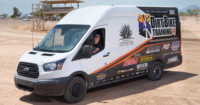 فورد ترانزيت المركبة المفضلة لدى شركات تعديل سيارات الإسعاف ومزودي الخدمات في الشرق الأوسط