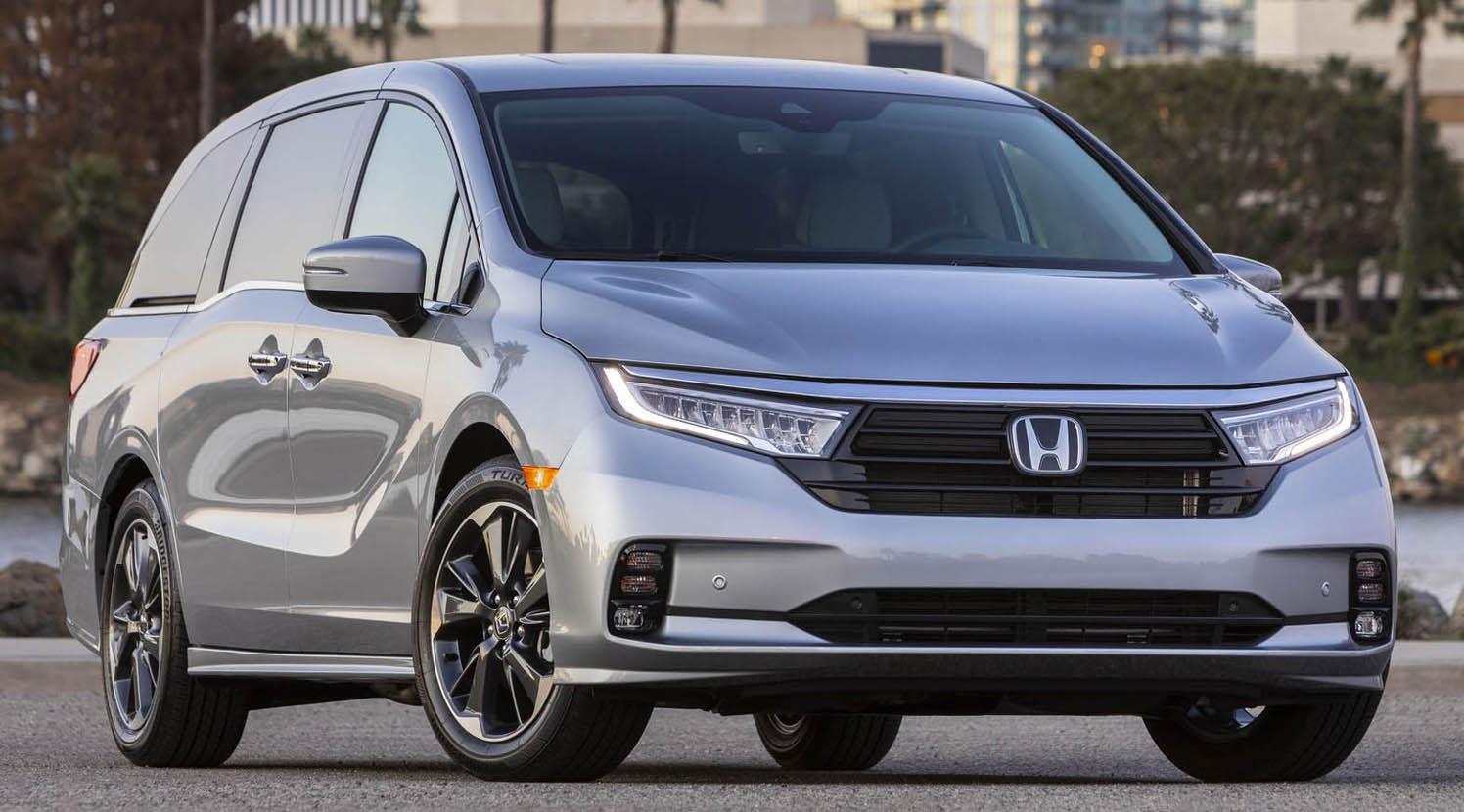 Kekurangan Honda 3 Spesifikasi