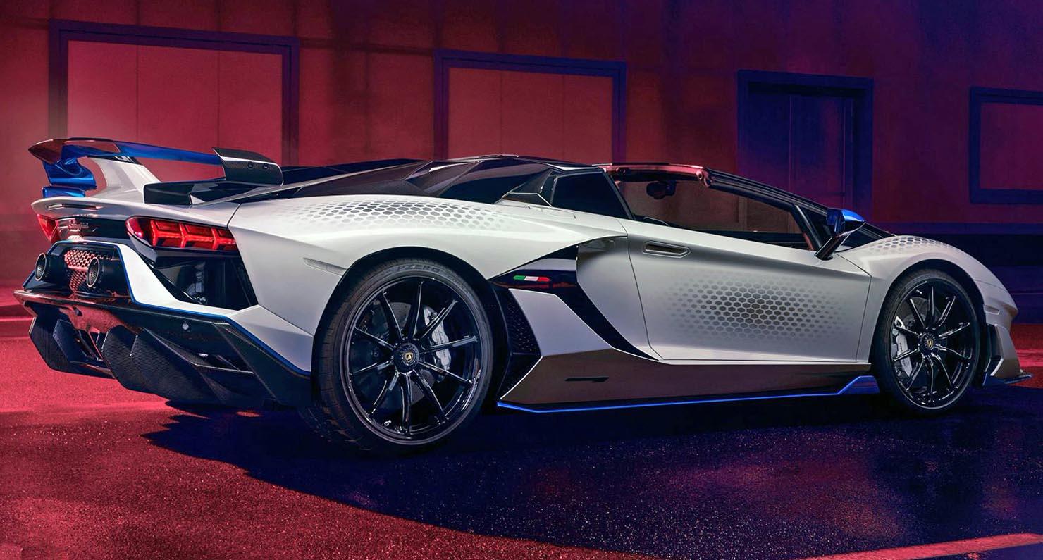 لامبورغيني أفانتادور أس في جاي رودستر زاغو 2021 – سيارة السوبركار الأكثر تميّزاً وفرادة