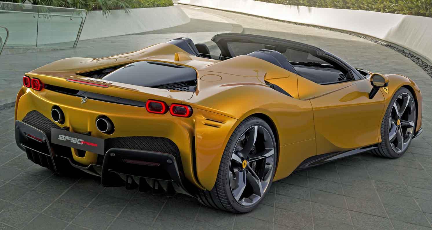 Ferrari SF90 Spider 2021 – the 1,000-HP Convertible Supercar
